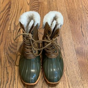 Sperry Laceup Duck Boots